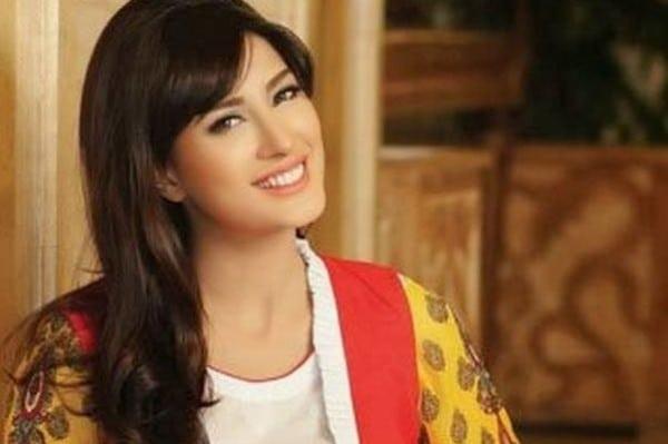Mehwish Hayat Working In 'Na Maloom Afraad' pic 01 600x399