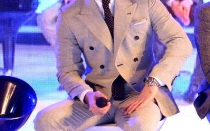 Fawad Khan in a mobile phone brand ceremony