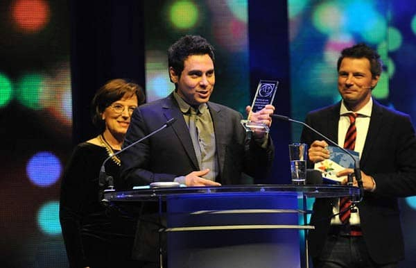 Haroon-receiving-the-International-Gender-Equity-Prize-in-Munich