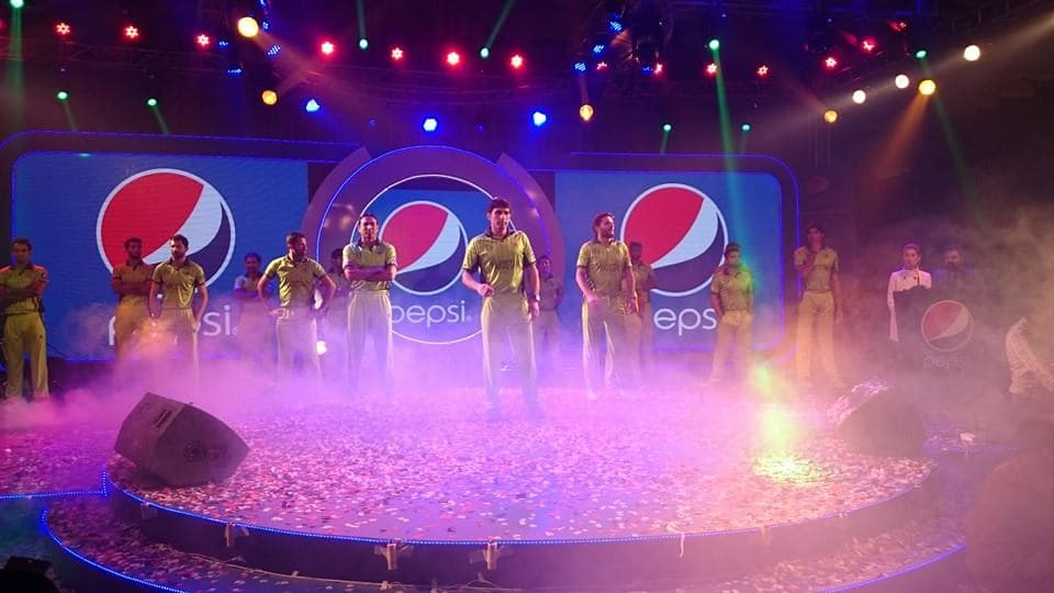 Launch-of-Pakistan-World-Cup-kit-2015-trouser-t-shirt-and-Cap-7