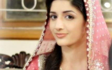"""""""No One In Bollywood Forces You To Be Bold"""" – Mawra Hocane"""