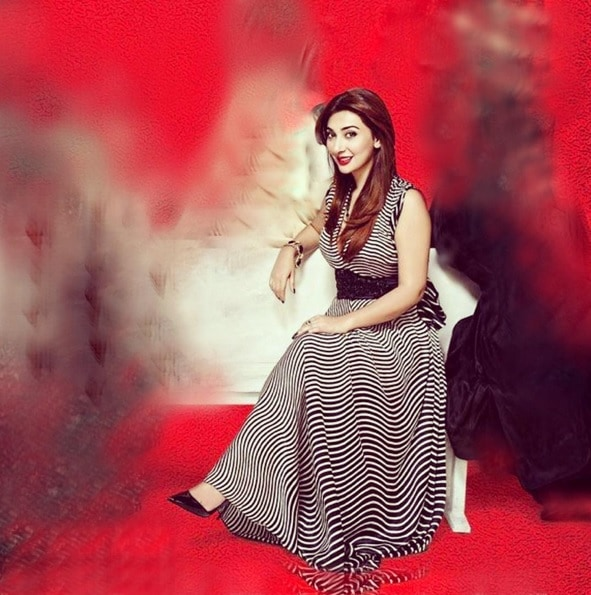 aisha khan2
