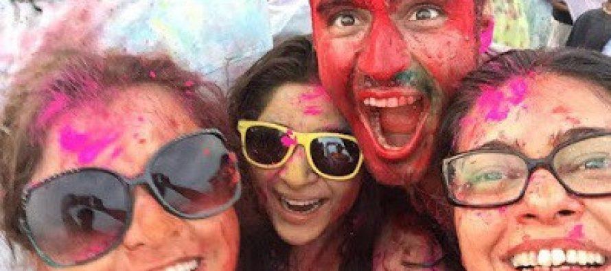 Pakistani Celebrities Celebrate Holi – Pictures