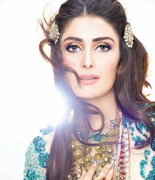 Top Instagram Celebrities Pages Pakistan