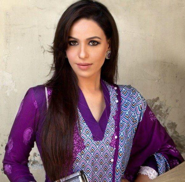 zainab-qayyum-4-582