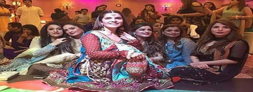Celebrities at Amber Khan Daughters wedding