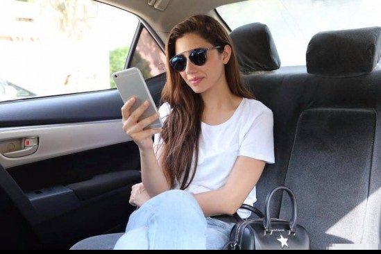 Mahira-Khan-Ubers-Rider-Zero-in-Karachi-F1