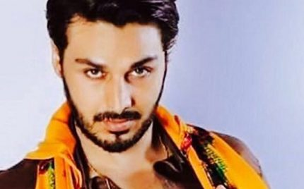 The Phenomenal Performance of Ahsan Khan in UDDARI win hearts across the border