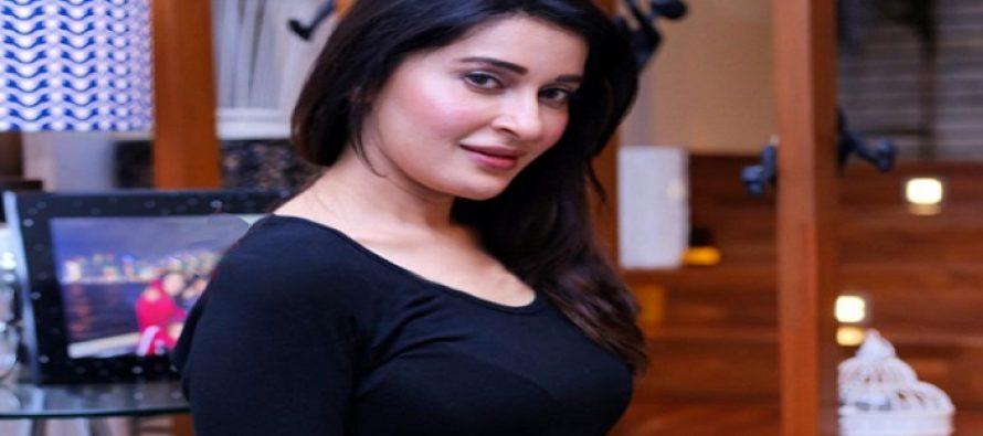 "Shaista Lodhi makes her debut in Drama ""Khwaab Nagar"""