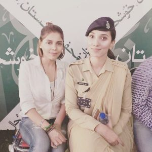 Hadiqa-Kiani-and-Captian-Annie-600x600