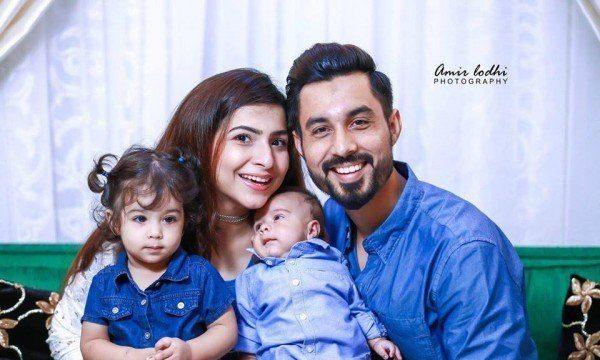 Dua Malick's Latest Family Photo-Shoot