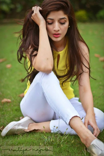 beautiful-mawra-hocane-latest-pictures-sizzling-shoot-1