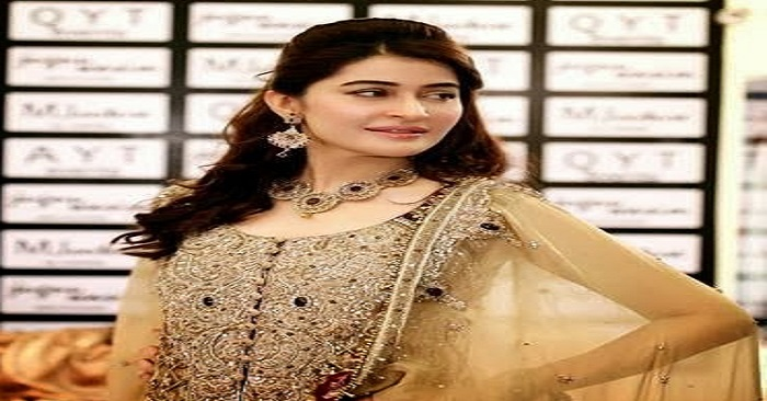 Shaista Lodhi Beautiful Dresses 2014 4