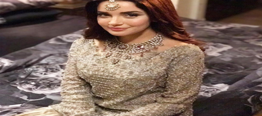 Armeena Rana Khan is one of the Sexiest Asian Woman