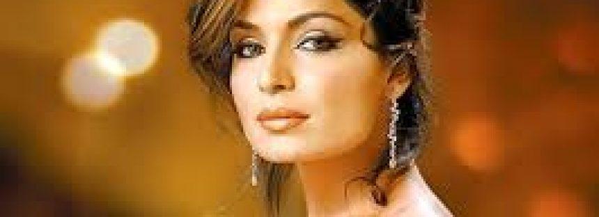 Meera demand a ban on Raees in Pakistan