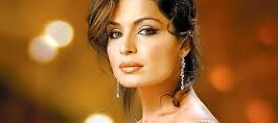 Meera demand a ban on Raees in Pakistan