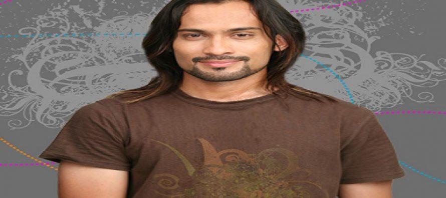 Waqar Zaka Brutally Assaulted