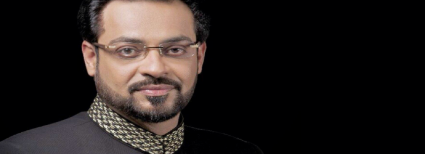 Pemra orders Bol News, Aamir Liaquat to apologise on air