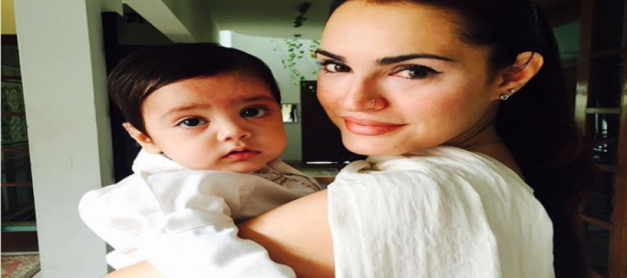 5 adorable clicks of Nadia Hussain and her kids