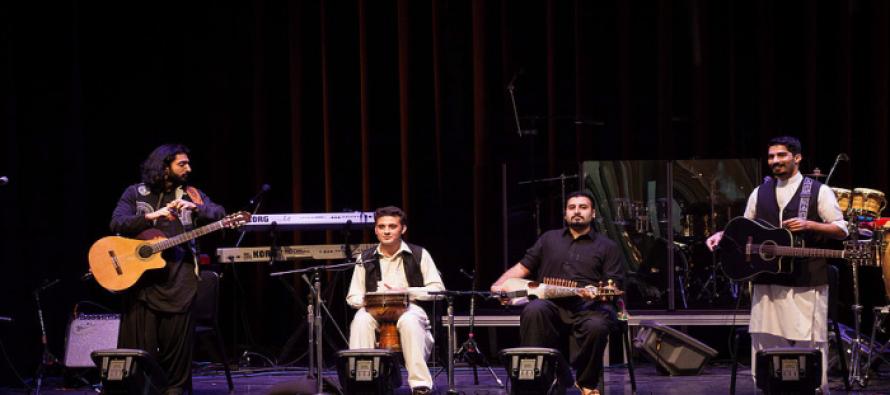 Khumariyaan to perform in UK