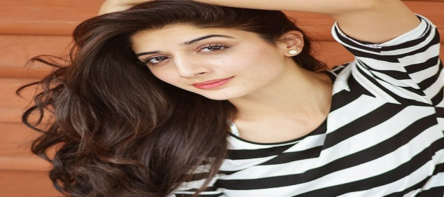 Mawra Hocane Gets Trolled – Too Obsessed With Ranbir Kapoor?