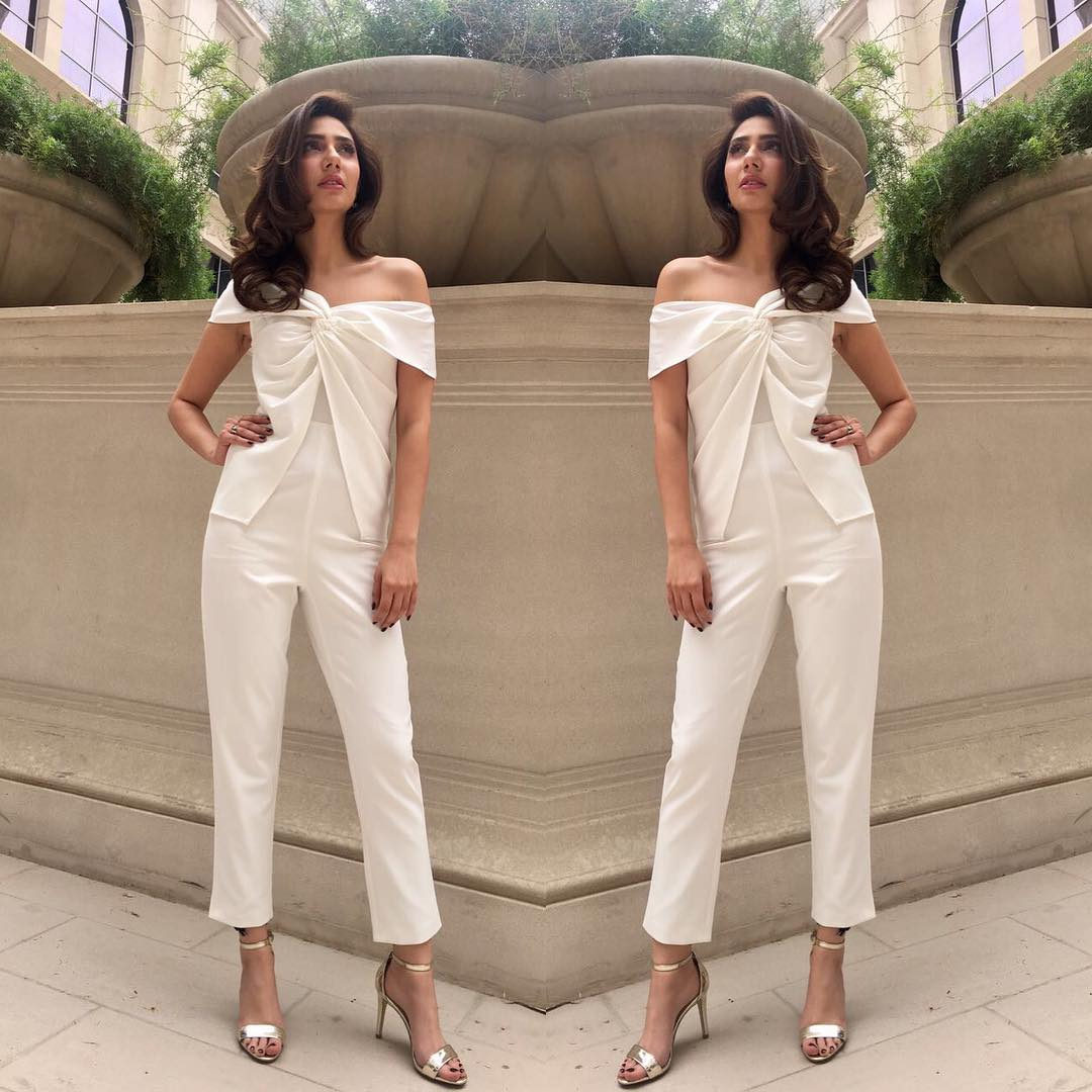 Mahira Khan & Alia Bhatt Wore The Exact Same Outfit & Triggered A Debate