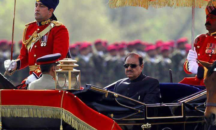 President Mamnoon Hussain Showed Up At The Parade Yesterday & The Trolls Just Wouldn't Stop