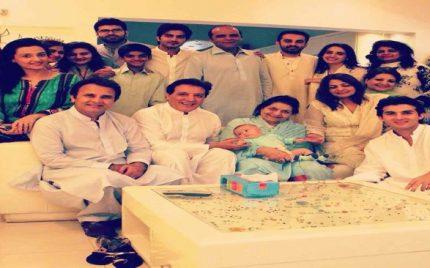 Behroze Sabzwari's mother passes away