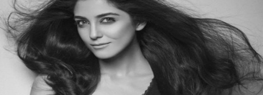 """""""What a positive soul with great energy"""", Maya Ali says about Ali Zafar"""