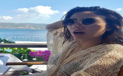 Mahira Khan's Latest Beach Look Is Stunning