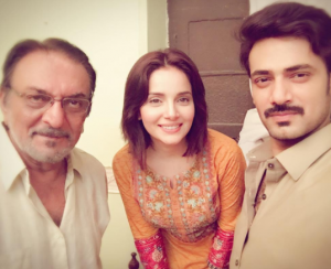 Armeena Khan Shows Off New Haircut On The Set of Daldal