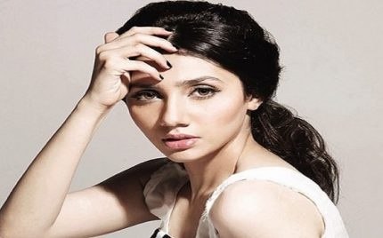 Mahira Khan – Biography, Age, Husband, Divorce, Family, Son, Dramas