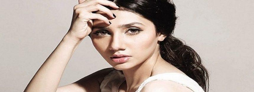 Mahira Khan – Biography, Age, Husband, Divorce, Family, Son, Wedding, Movie, Dramas
