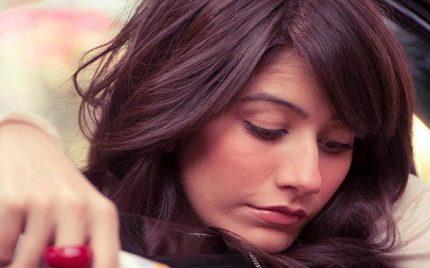 Syra Shehroz – Biography, Age, Family, Husband, Daughter, Dramas, Movies