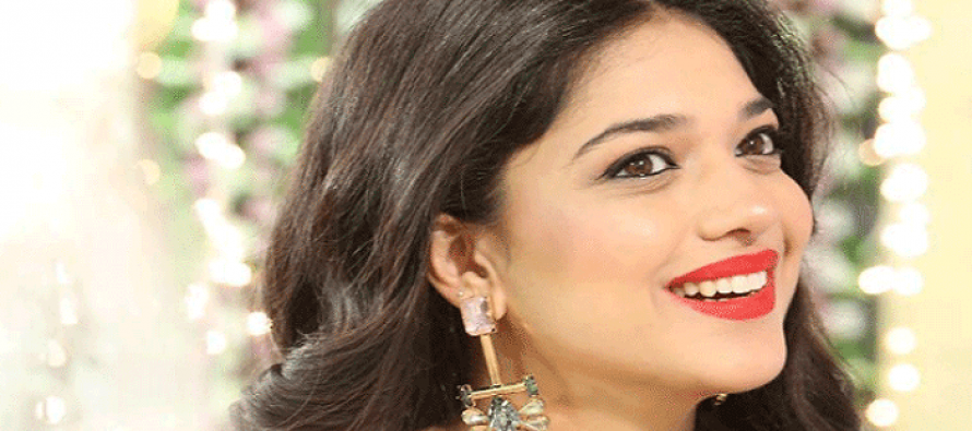 Sanam Jung – Biography, Age, Family, Education, Husband, Daughter, Dramas