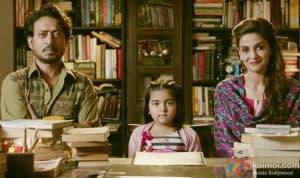 Hindi medium crosses 90 crore!