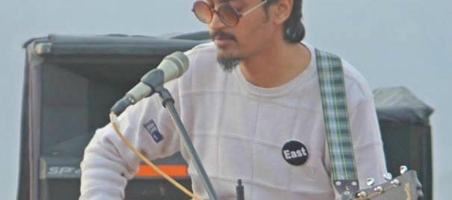 This Guy did a Fantastic Cover of'Aaj jaanay ki zid na karo'!