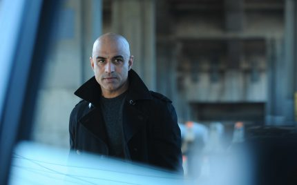 How does Faran Tahir break down walls through media?