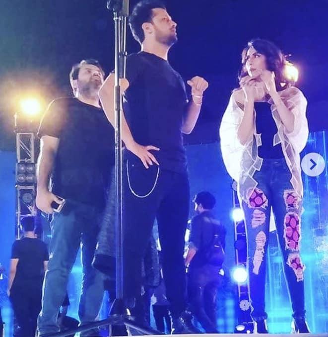 """Fawad Khan, Atif Aslam and Meesha Shafi Recreate """"Dekha Na Tha"""""""