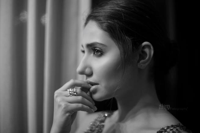 Mahira Khan's Latest Photoshoot Is Hot And Happening