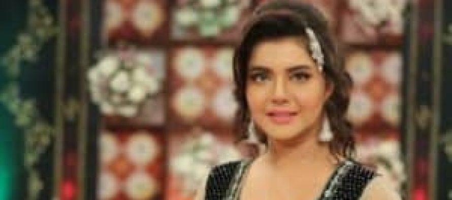 Nida Yasir's Comments on Sadia Imam, Sanam Jung and Urwa's Make-up