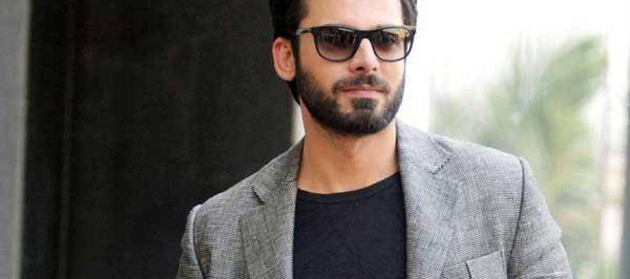 Fawad Khan Praises Saba Qamar!
