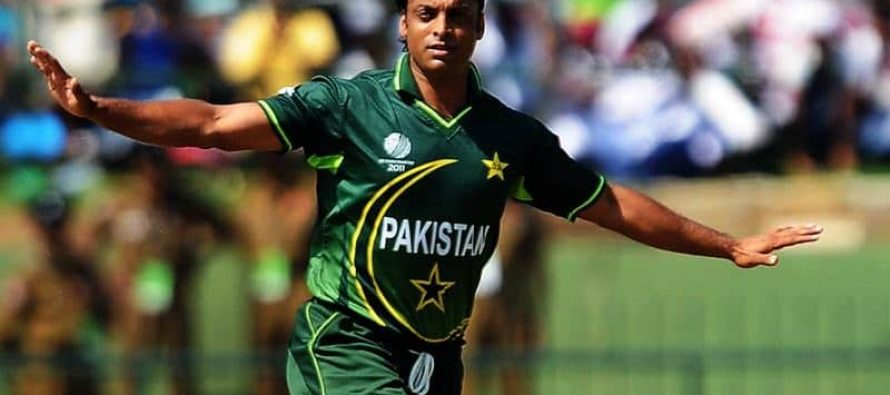 Shoaib Akhtar Misidentifies President and calls Pakistan a Secular State