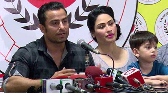 Humera Arshad And Husband Fight Again!