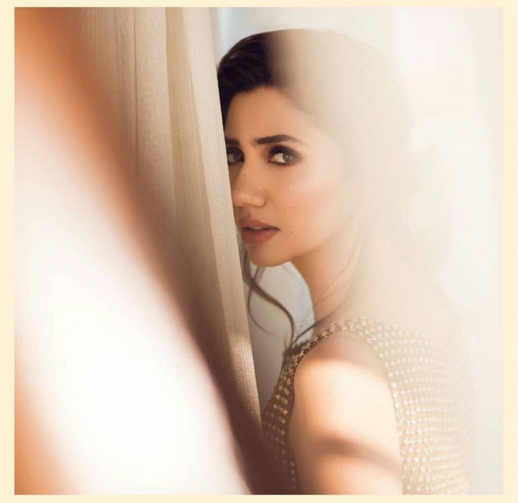 Mahira Khan's Latest Photoshoot!