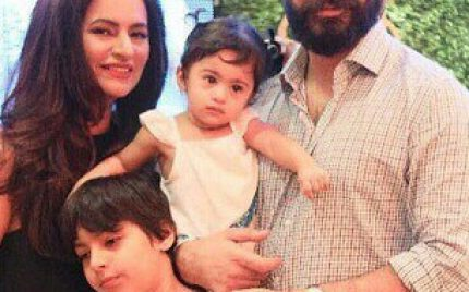 Fawad And Kids Support Sadaf!