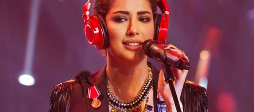 "Mehwish Hayat Goes All ""Boom Boom"" in Arizona Concert"