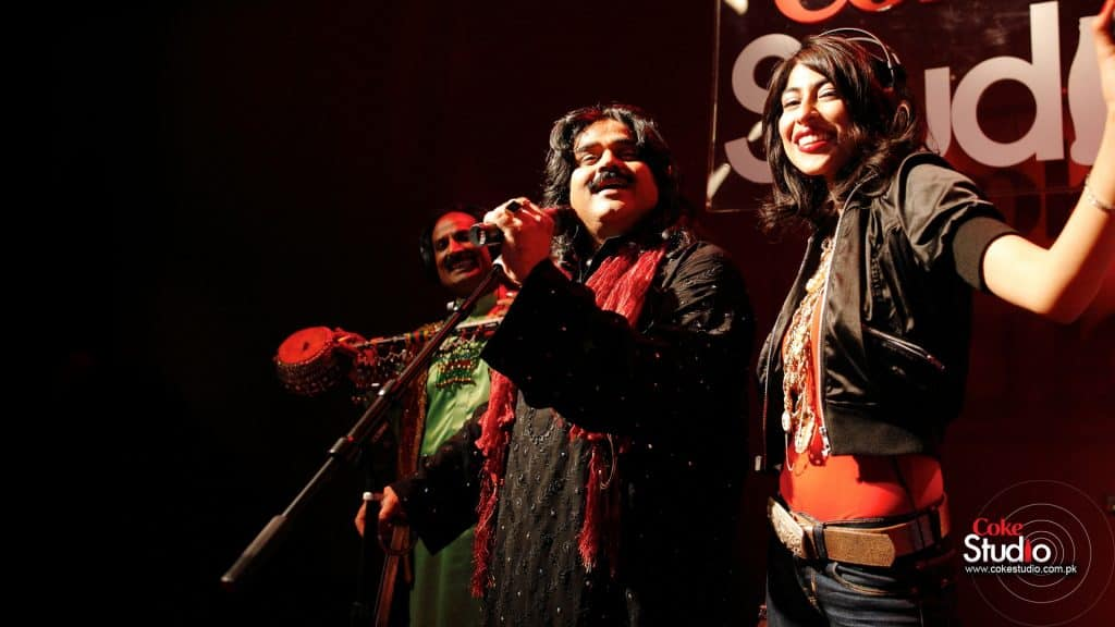 Australian Artist Sang Arif Lohar's Jugni And It Is WOWZAH