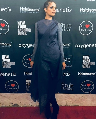 Sarish Khan First Pakistani To Walk In NYFW!