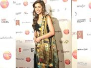 Mahira Khan Wins Award At UK Asian Film Fest